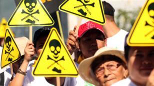Une manifestation pour l'interdication de l'exploitation des mines de métaux au Salvador.