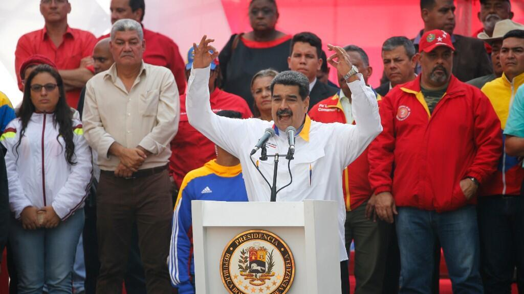 El presidente de Venezuela, Nicolás Maduro da un discurso durante un mitin político en Caracas, Venezuela, el 20 de mayo de 2020