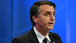 Le candidat d'extrême droite Jair Bolsonaro lors du second débat présidentiel à la télévision brésilienne, le 17 août 2018.
