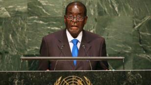 Le président zimbabwéen Robert Mugabe à la tribune de l'ONU en 2015.