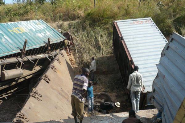 C'est un train de marchandises qui a déraillé le 22 avril 2014 en RD Congo. Mais de nombreux passagers clandestins y avaient embarqué, ce qui explique le bilan humain très lourd de l'accident : 60 morts et 160 blessés.