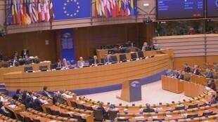 Des parlementaires européens réunis à Bruxelles.