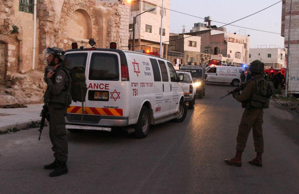 Une Palestinienne de 20 ans a été gravement blessée à Hébron après une tentative d'attaque au couteau contre un soldat israélien.