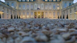 Investors are now willing to pay, rather than receive, interest for the privilege of owning French government bonds