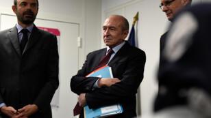 Le Premier ministre Edouard Philippe et le ministre de l'Intérieur Gérard Collomb, en visite à l'Office francais de l'immigration et de l'integration, à Lyon, le 19 février 2018