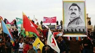 أكراد يحيون في القامشلي الذكرى 17 لاعتقال أوجلان زعيم حزب العمال الكردستاني 14 فبراير 2016