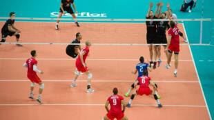 Les Français, en rouge, n'ont rien pu faire face aux Allemands et terminent quatrièmes du Mondial-2014.