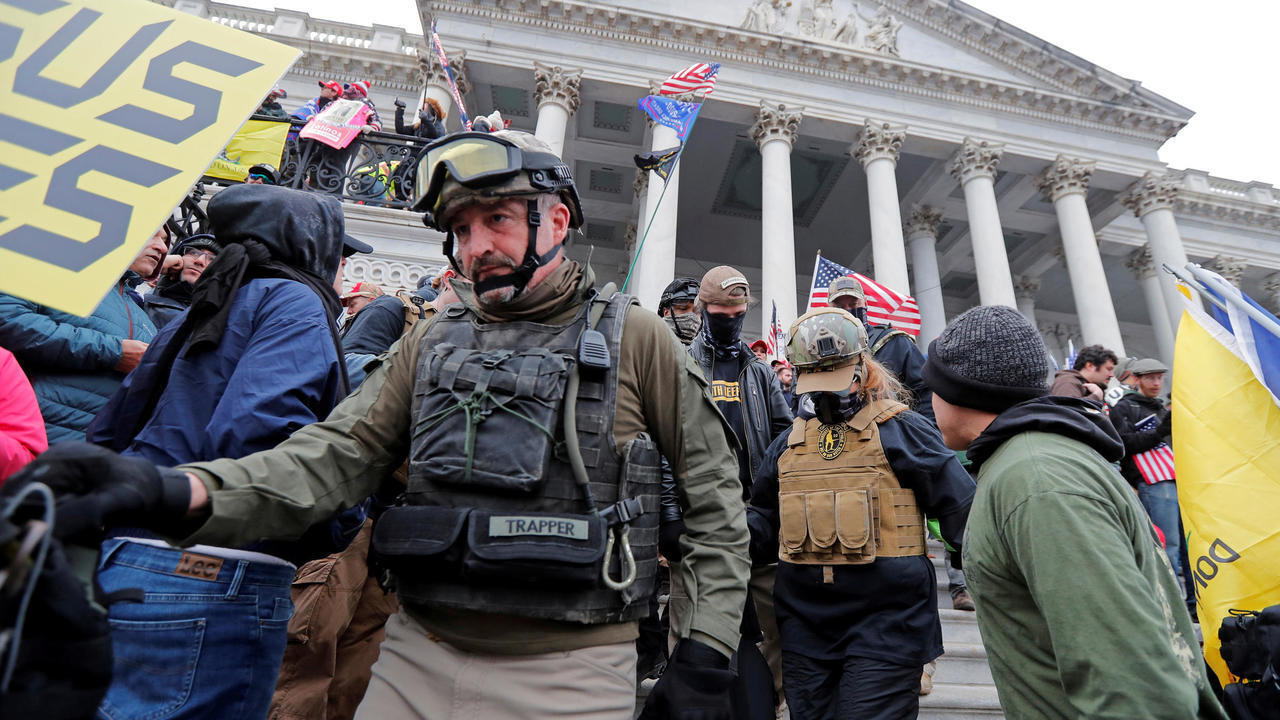 capitol-us-oathkeepers-m