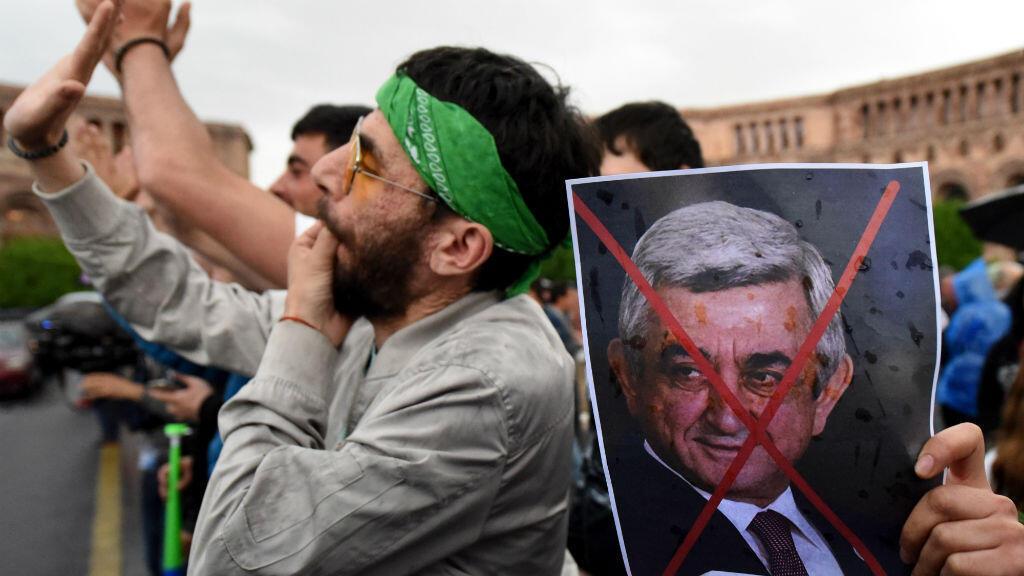 Manifestation contre Serge Sarkissian, le 19 avril 2018 à Erevan.