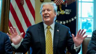 El presidente Donald Trump interviene en una reunión en la sala del Gabinete de la Casa Blanca en Washinton D.C. el 4 de abril de 2019.
