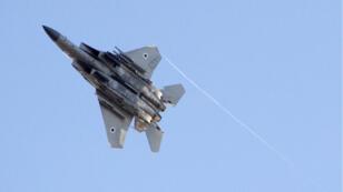 Un avion F-16 israélien, le 29 juin 2017, lors d'une démonstration près de Beer Sheva en Israël.