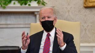 Le président américain Joe Biden dans le bureau ovale de la Maison Blanche, le 29 janvier 2021, à Washington.