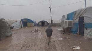 FR NW PKG FOCUS FR2 SYRIE CAMPS JIHADISTES FRANCAIS NO MIX,Video Mixdown,2 FF