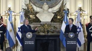 El primer ministro israelí Benjamin Netanyahu con el presidente argentino Mauricio Macri el 12 de septiembre de 2017 en Buenos Aires.