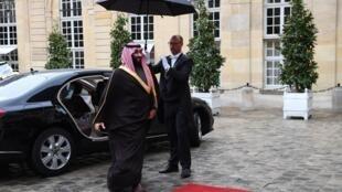 ولي العهد السعودي محمد بن سلمان في باريس