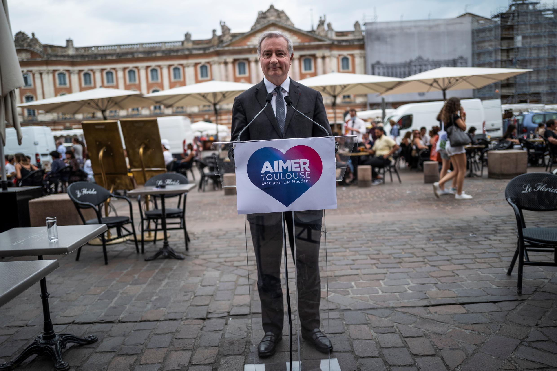 Le maire sortant LR de Toulouse, Jean-Luc Moudenc, le 3 juin 2020, lors d'un événement de campagne dans la Ville rose.