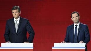 Les candidats Arnaud Montebourg et Benoît Hamon, dimanche 15 janvier 2017, lors du deuxième débat de la primaire de la gauche.