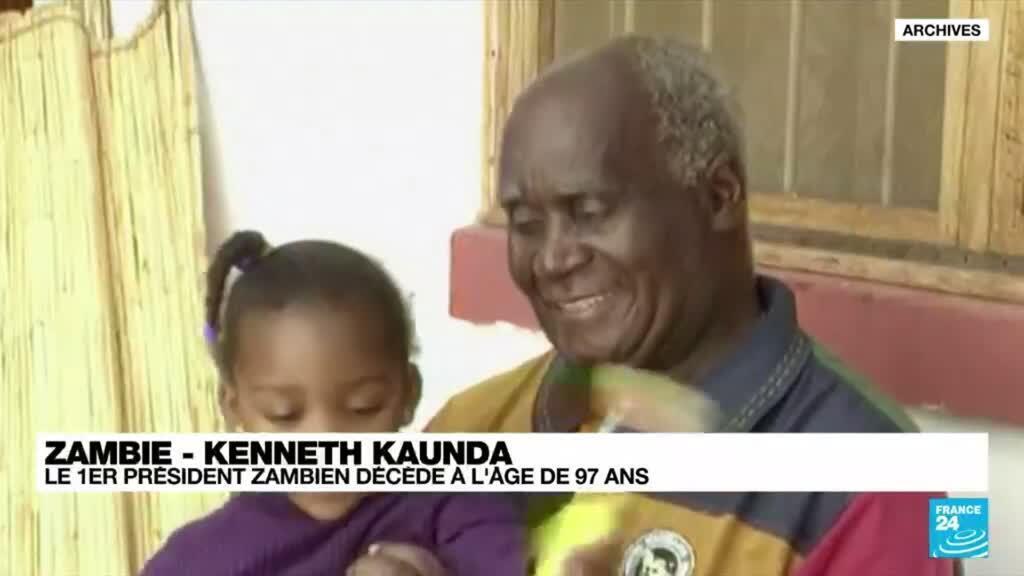 2021-06-17 23:03 Mort du premier président zambien, Kenneth Kaunda à l'âge de 97 ans
