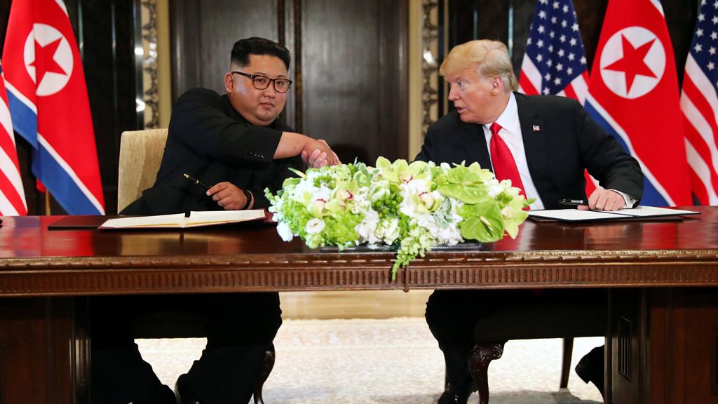 Imagen de archivo. El presidente de Estados Unidos, Donald Trump, durante la conferencia de prensa ofrecida tras la reunión con Kim Jong-Un en Singapur el 12 de junio de 2018.