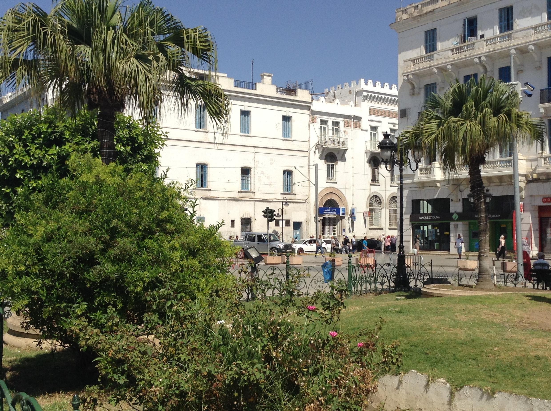 تونس العاصمة بعد التفجيرين الانتحاريين - صورة طاهر هاني