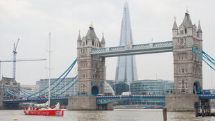 """""""تاور بريدج"""" في لندن"""