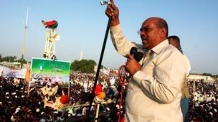 صورة أرشيفية للرئيس السوداني عمر حسن البشير