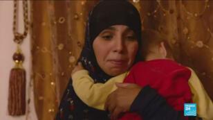 Les six enfants concernés sont actuellement avec leurs deux mères dans un camp de réfugiés à Al-Hol, sous le contrôle des Kurdes en Syrie, à quelques kilomètres de l'Irak.