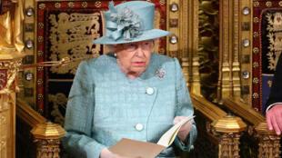 La reina Isabel II ofrece su discurso de apertura del Parlamento en Westminster, Londres, el 19 de diciembre de 2019.