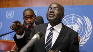 Le deuxième vice-président du Burundi, Gervais Rufyikiri, a affirmé avoir quitté son pays après avoir reçu des menaces personnelles en raison de son opposition à un troisième mandat du président Pierre Nkurunziza.