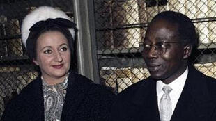 Colette Senghor et son mari en déplacement à Francfort, le 11 novembre 1961.