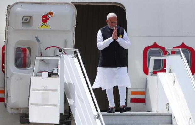 El primera ministro de India, Narenda Modi, llega antes de la cumbre de líderes del G20 en Buenos Aires, Argentina, 29 de noviembre de 2018.