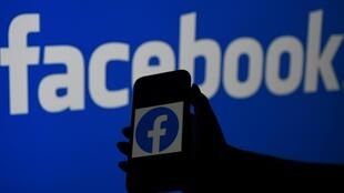 Social media stalwarts like Facebook are scrambling to prevent users from being lured away by audio-only online rivals