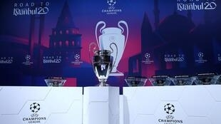 2020-04-01T155814Z_1459203490_RC2RVF9SLIS8_RTRMADP_3_HEALTH-CORONAVIRUS-SOCCER-UEFA