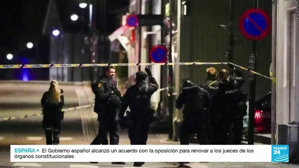 2021-10-14 17:03 Policía noruega informó que el atacante del 13 de octubre estaba señalado por radicalización