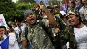 Simpatizantes del Sandinismo marcharon en Managua, Nicaragua, para apoyar al presidente Daniel Ortega el sábado 7 de julio de 2018.