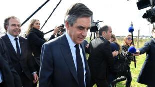 المرشح اليميني للانتخابات الرئاسية فرانسوا فيون