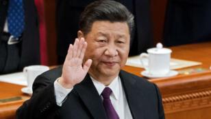 Le président chinois Xi Jinping devant le Parlement, le samedi 17 mars.