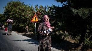 2020-09-11T082934Z_1622454352_RC28WI91PHQT_RTRMADP_3_EUROPE-MIGRANTS-GREECE-LESBOS