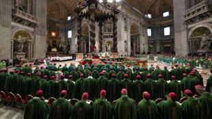Una vista general de la misa de clausura dirigida por el Papa Francisco al final del Sínodo de los Obispos en el Vaticano, el 28 de octubre de 2018.