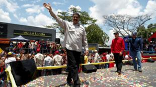 El presidente de Venezuela y candidato a la relección, Nicolás Maduro, asume la campaña en medio de la crisis
