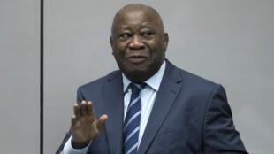 El expresidente de Costa de Marfil, Laurent Gbagbo, ingresa a la Corte Penal Internacional en La Haya, Países Bajos, el 15 de enero de 2019.