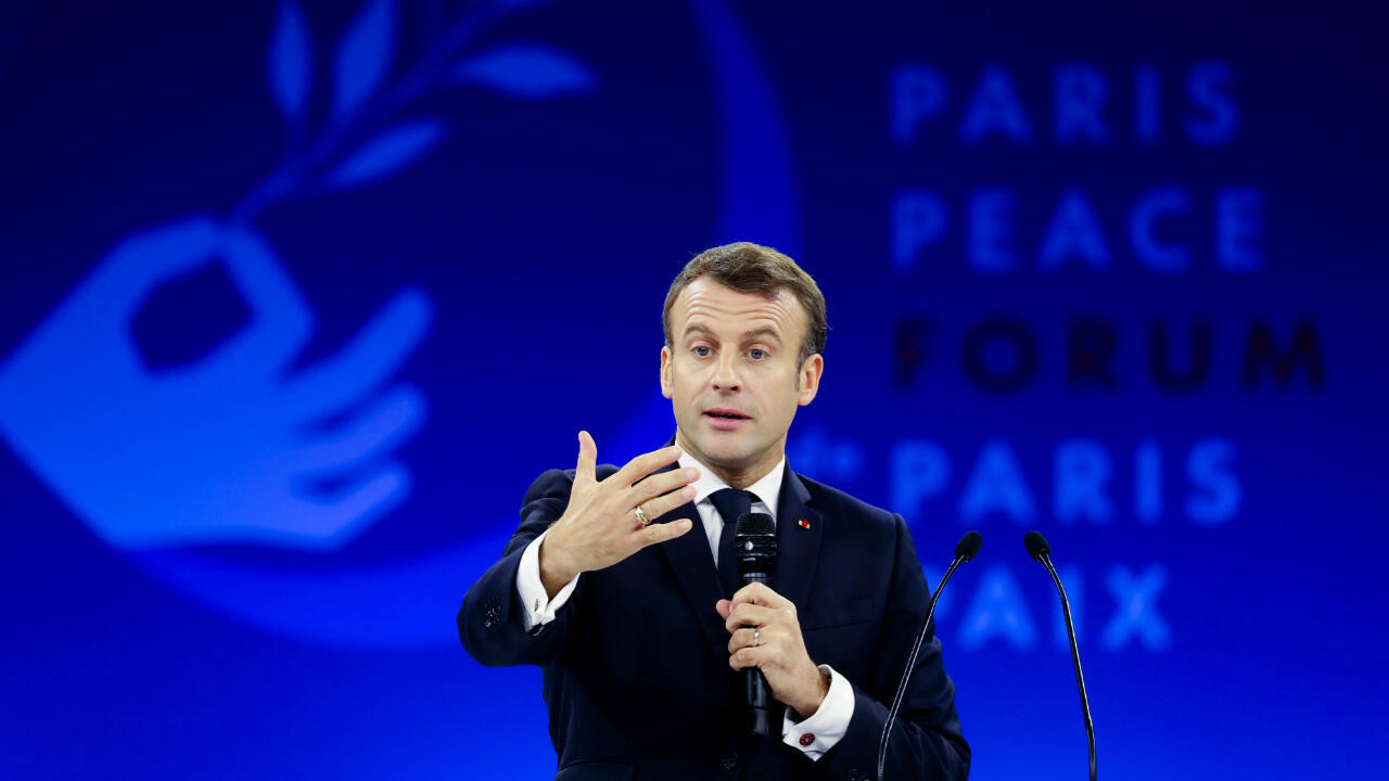 الرئيس الفرنسي إيمانويل ماكرون يلقي كلمة أمام ملتقى باريس للسلام. 12 نوفمبر/تشرين الثاني 2019.