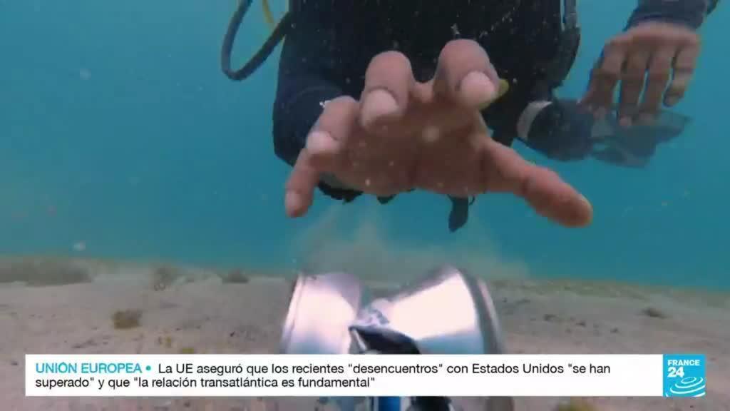 2021-10-17 14:42 Islas Galápagos: contaminación con microplástico invade sus aguas y playas