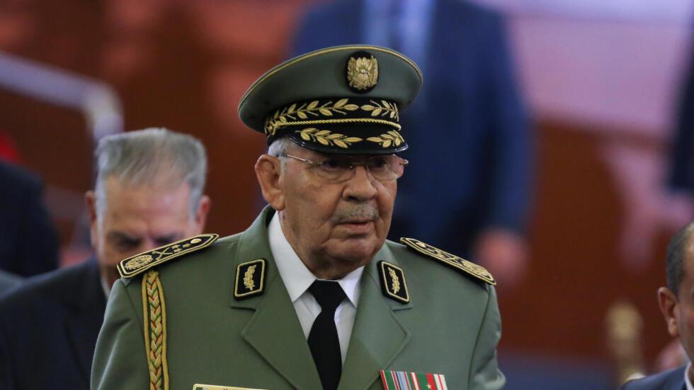 أحمد قايد صالح خلال مراسم تنصيب الرئيس الجزائري الجديد 19 ديسمبر 2019