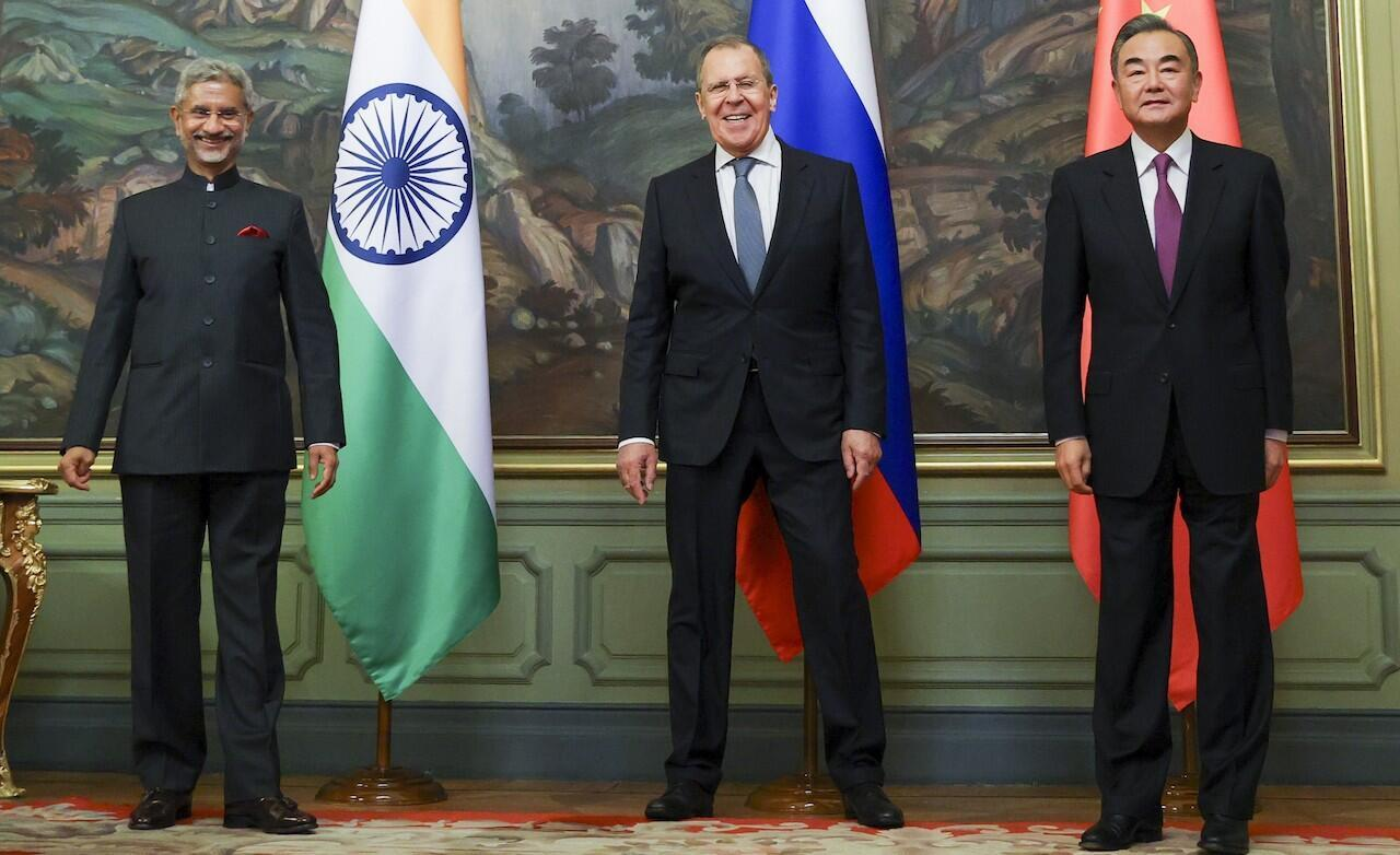From left, India's Foreign Minister Subrahmanyam Jaishankar,  Russia's Foreign Minister Sergei Lavrov and China's State Councillor Wang Yi pose for a picture during a meeting in Moscow, Russia, on September 10, 2020.