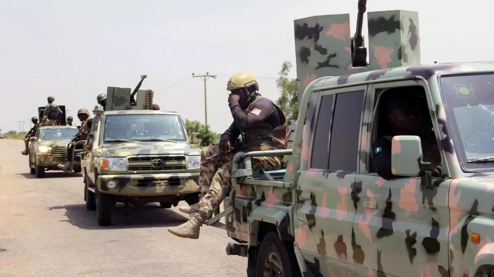 Soldados nigerianos patrullan en Goniri, en el noreste del país, 3 de julio de 2019.