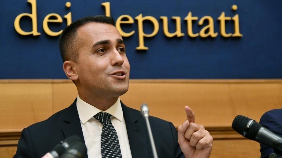 En Italie Les Militants Du Mouvement 5 étoiles Approuvent