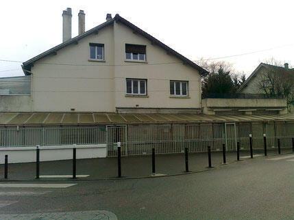 La mosquée de la cité de La Fauconnière, fréquentée par Mickaël Harpon, à Gonesse, dans le Val-d'Oise.
