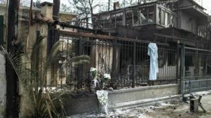 ضاحية ماتي قرب أثينا بعد أن اجتاحتها الحرائق. 26 تموز/يوليو 2018.