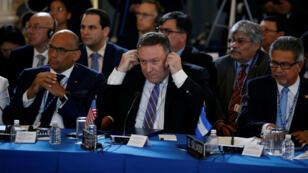 El secretario de Estado de los Estados Unidos, Mike Pompeo, participa en la 48ª reunión de la Asamblea General de la OEA en Washington, el 4 de junio de 2018.